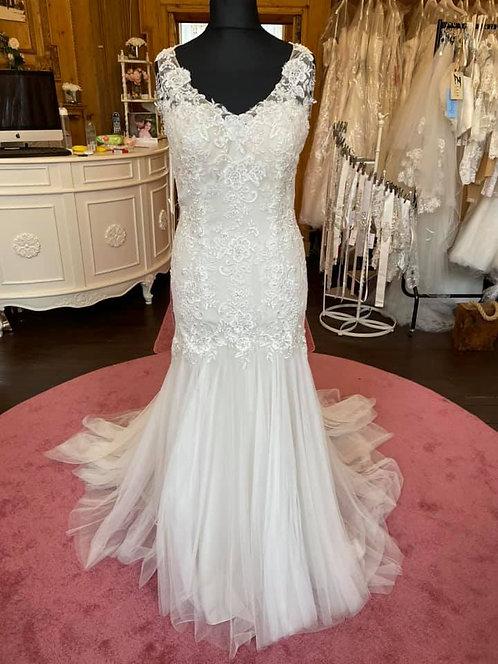 Amanda Wyatt Wedding Dress
