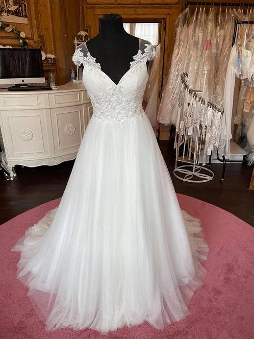 Rebecca Ingram 'Lois'Wedding Dress