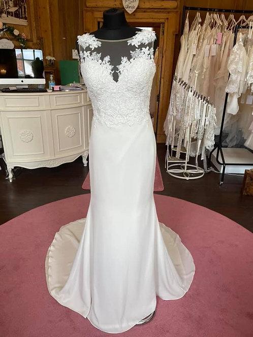 Sincerity '44066'Wedding Dress