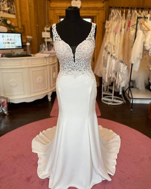 Essense of Australia 'D2394'Wedding Dress