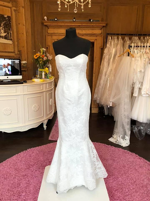 Bellanovia 'Ursula' Wedding Dress