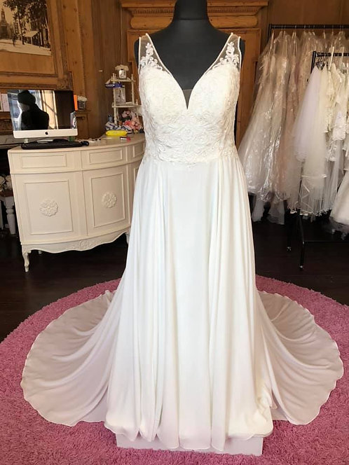 Stella York '6717' Wedding Dress