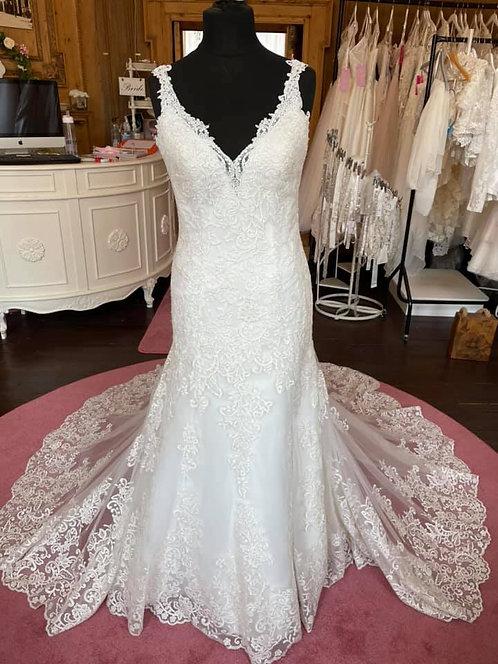Mori Lee 8218 'Krystal' Wedding Dress