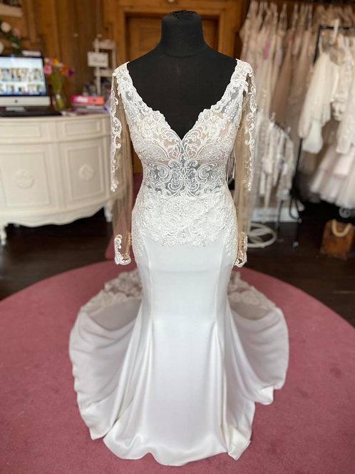 Essense of Australia 'D2124'Wedding Dress