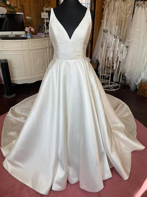 Justin AlexanderWedding Dress