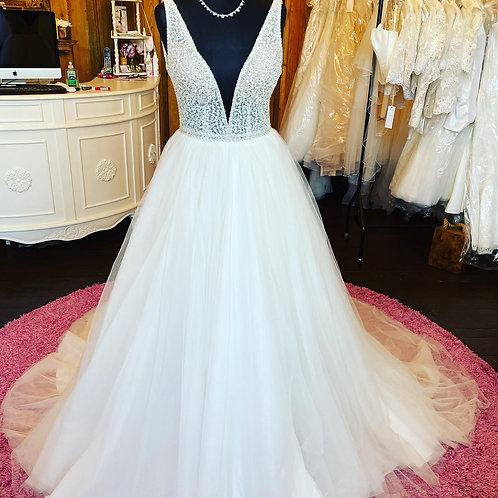 Incentia Wedding Dress