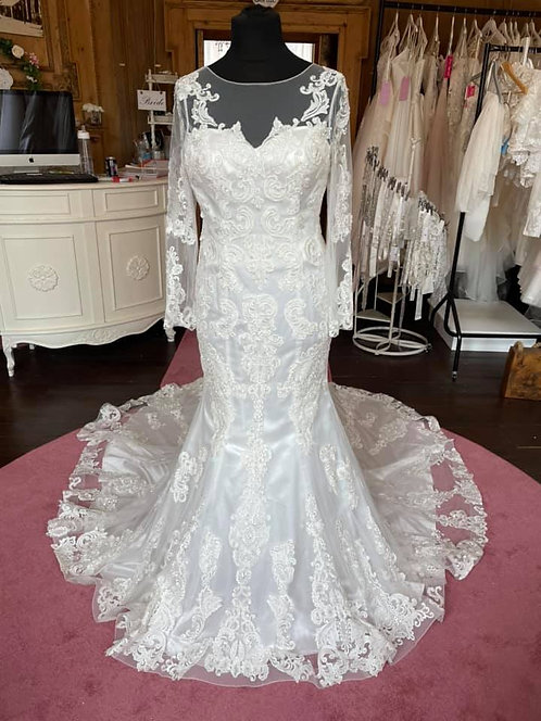 Donna Lee 'Isobel'Wedding Dress