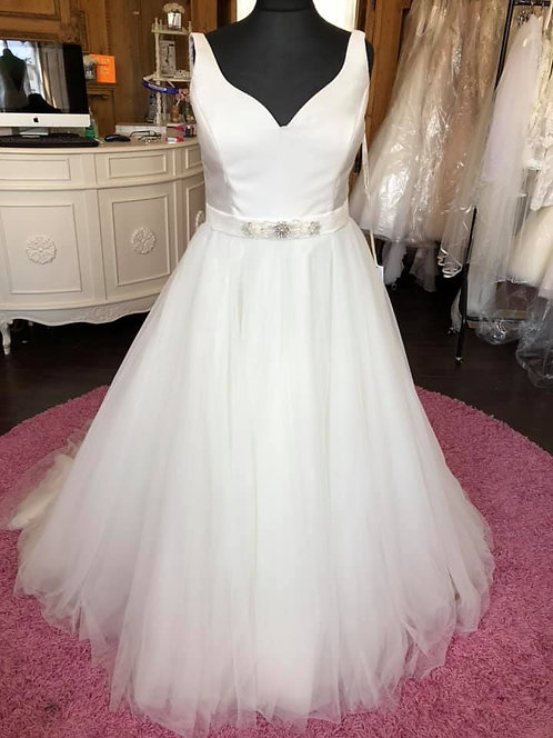 White Rose Wedding Dress