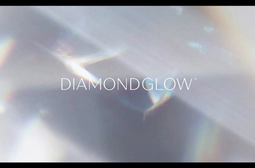 Diamnd Glow Facials and Treatments available
