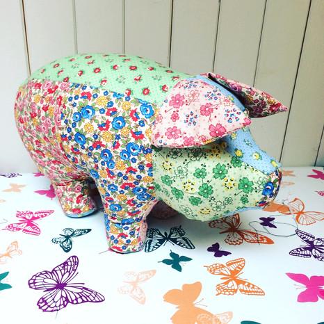 Make a gorgeous pig