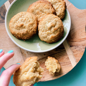 Chewy White Chocolate, Walnut and Oat Cookies