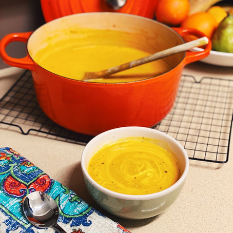 Creamy Curried Carrot & Coconut Soup