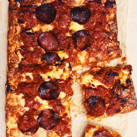 Easy Detroit Style Pepperoni Pizza