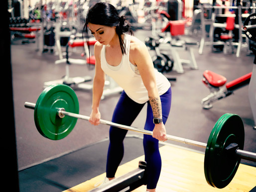 Does Weightlifting Burn Fat? Facts and Myths about Strength Training