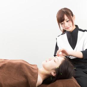 美容鍼で顔のむくみ・肌荒れを改善!鍼とEMSであなたも○歳若返る!?