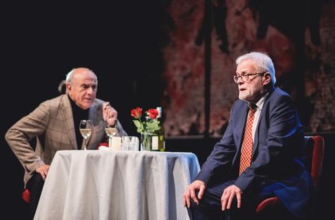 Herbert Flack en Bob De Moor in 'Een man een man'. Tournee doorheen Vlaanderen tot mei '20