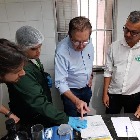 Em defesa da Abrace Esperança e do direito dos pacientes aos medicamentos!