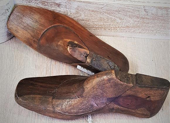 antique wooden shoe moulds