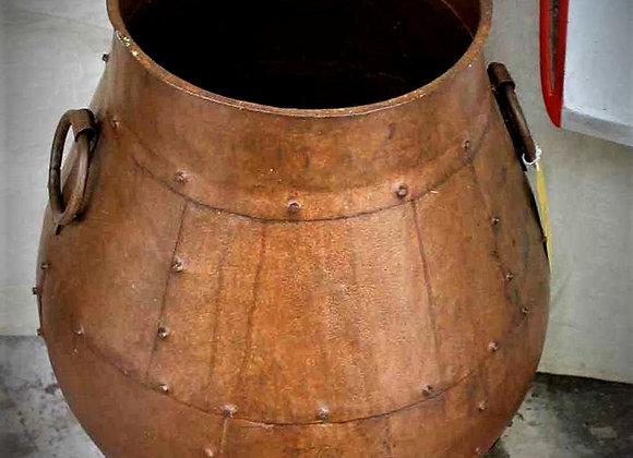 medium iron pot