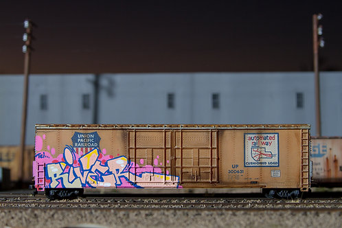 River 60' Ho Scale UP Boxcar