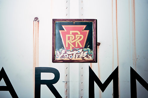 Looter Vintage Penn RR Sign