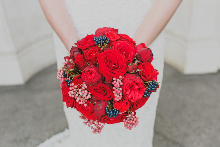 Contemporary red roses bouquet