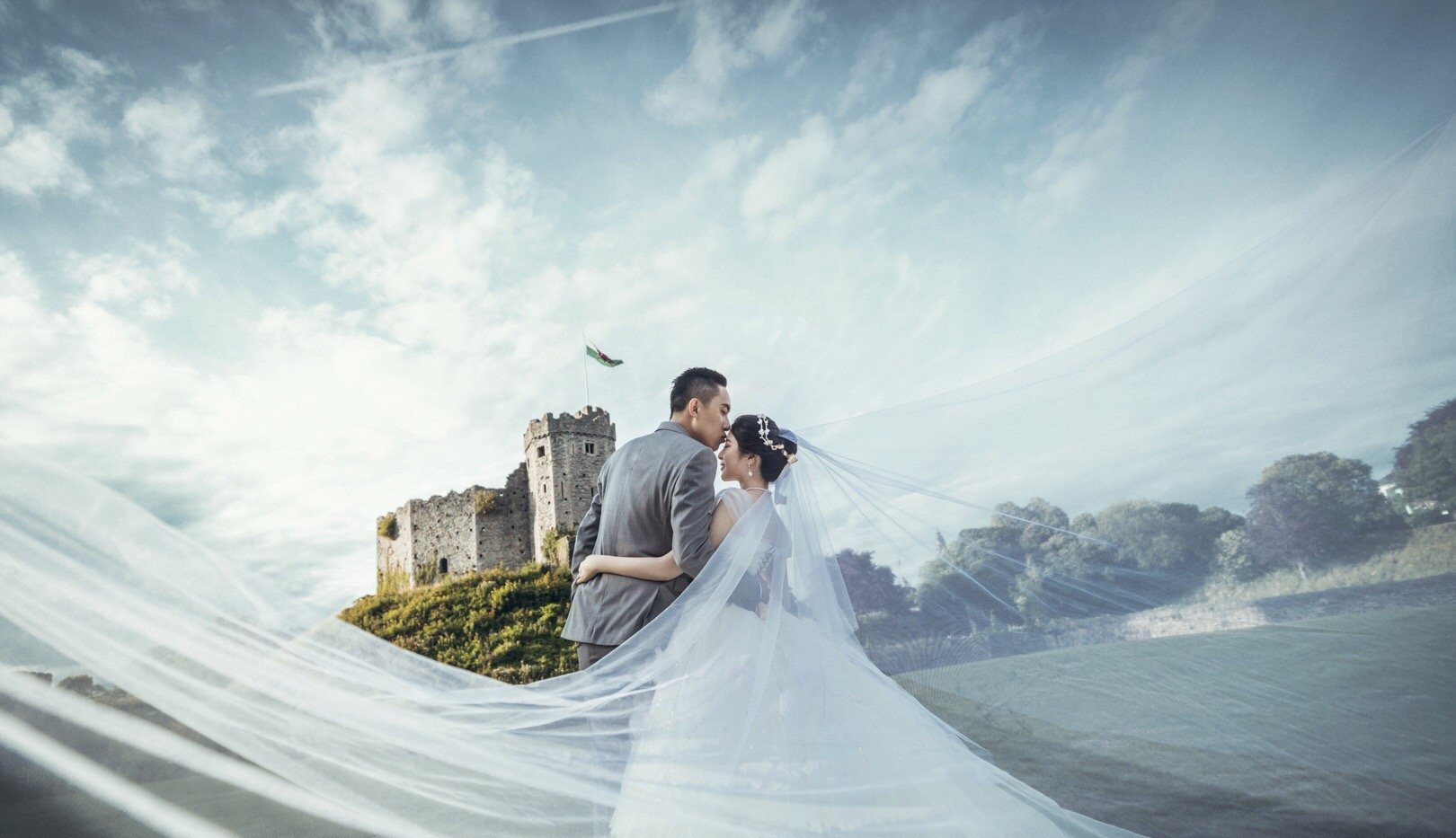 Romantic wedding in Cardiff Castle