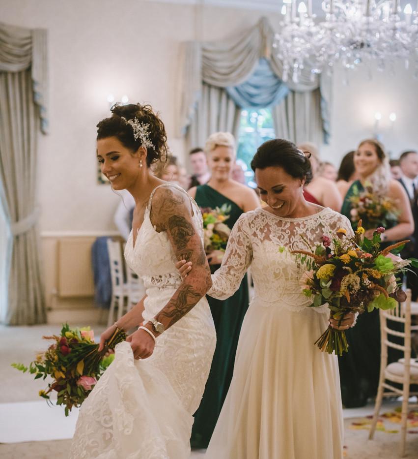 2 brides