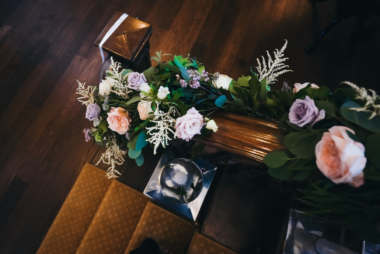 Flower garland for the staircase