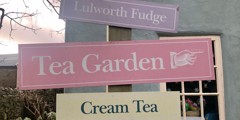 Fufge and cream teas at the Dolls House