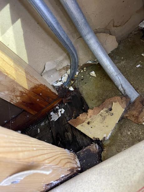 Leaking washing machine valve repair