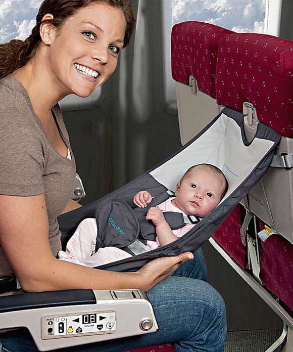 FlyeBaby-baby-airplane-seat.jpg