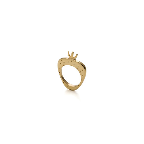 Gold Pleated Strawberry Ring
