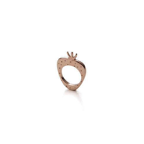 Rose Gold Pleated Strawberry Ring