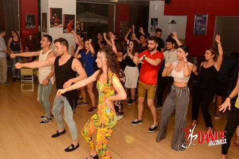 DSC_0263.jpgSalsa Party | DANCEmania Studio