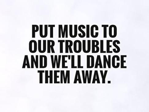 Βάλε μουσική και χόρεψε | DANCEmania Studio