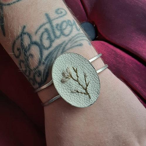Bracelete Bordado