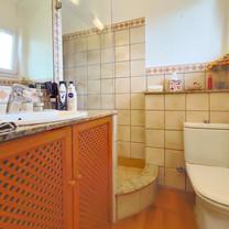 Ref 3005 CF Wi Bathroom