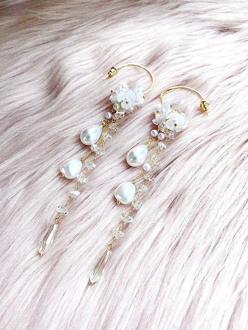 Pearl String Crystal