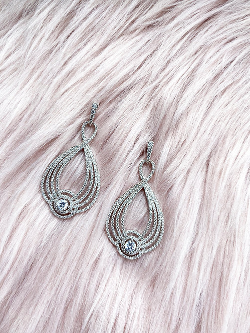 PearLoop Earrings