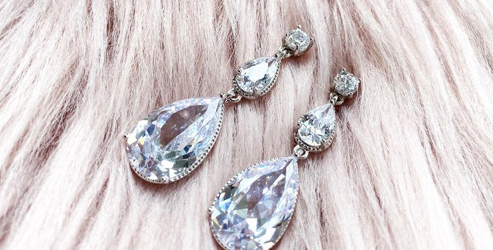 2 Tier Pear Drop pierced earrings