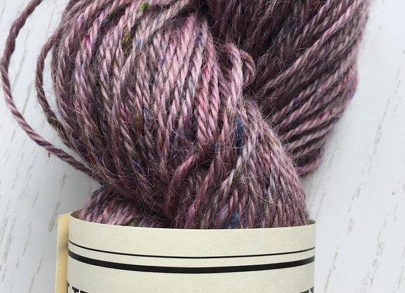 Yarn [Red Speckled - 90%Wool / 10%Silk] -Und