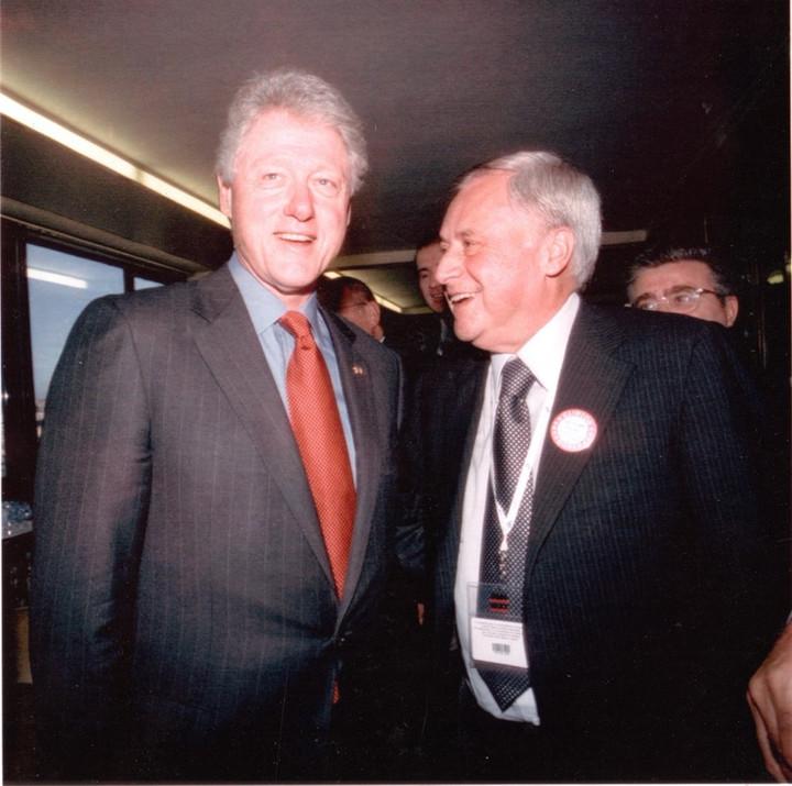 """""""Bill Clinton a Roma...non si vede il sax..."""""""