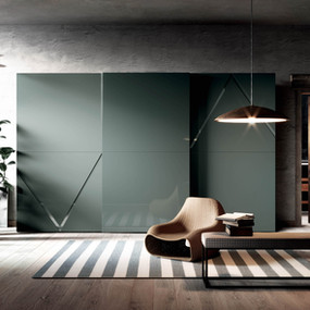 A sliding wardrobe in high gloss lacquer