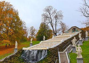 Каскад Шахматная гора в Петергофе