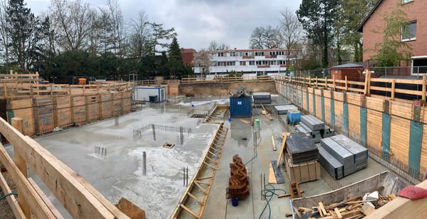 Fertigstellung Sohle Keller Blickrichtung Ost-West