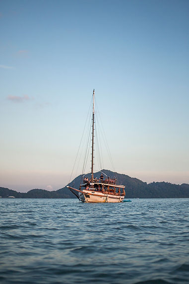 luxury sunset dinner cruise Langkawi Damai Indah