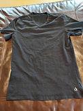 black V-neck tee.jpg