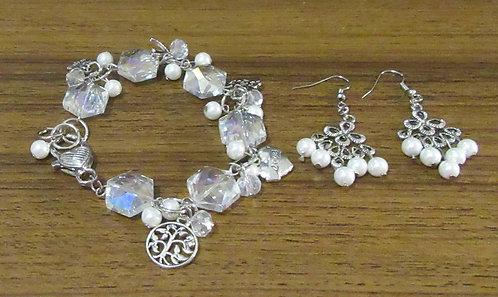Bracelet & Earring Set Gemstones; South Seas Pearls & Imperial Crystal