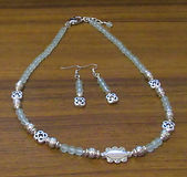 Necklace & Earrings Set Frosted Pale Gre